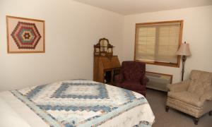 Queen bed and recliner chairs